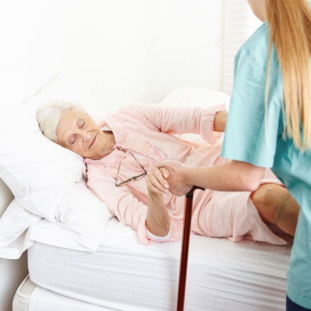 How to Prevent Falls and Injury to Senior Adults