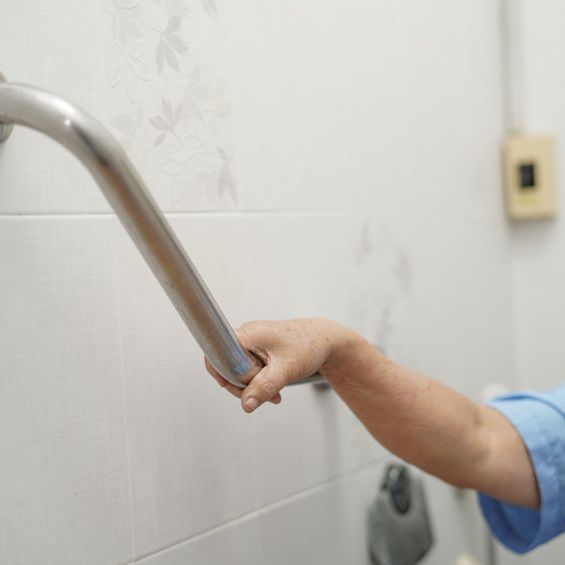 5 Tips to Deal with Incontinence