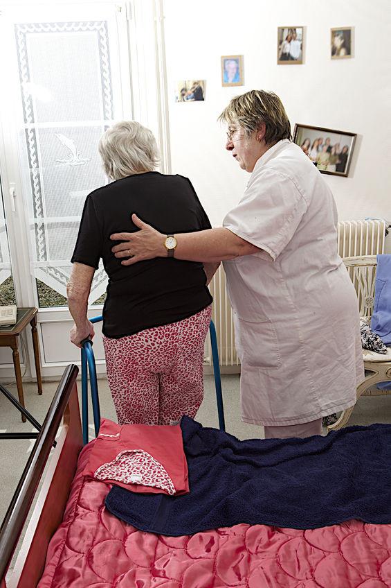 גמלת סיעוד בכסף - גמלה כספית לקשישים סיעודיים